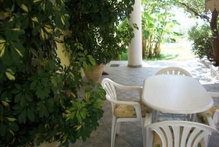 accommodation diona ramona garden
